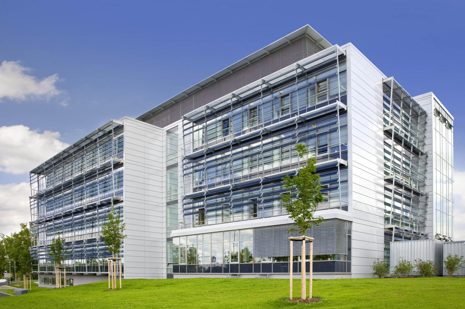 Chemiezentrum der Universität Würzbug pictures | Fisair