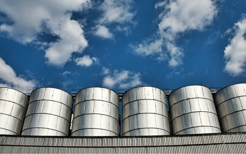 Granulated material transport and storage – Silos